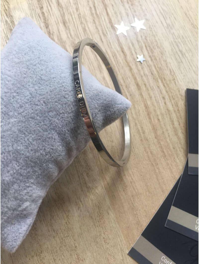 """Carpe diem"" Bracelet métal texte"